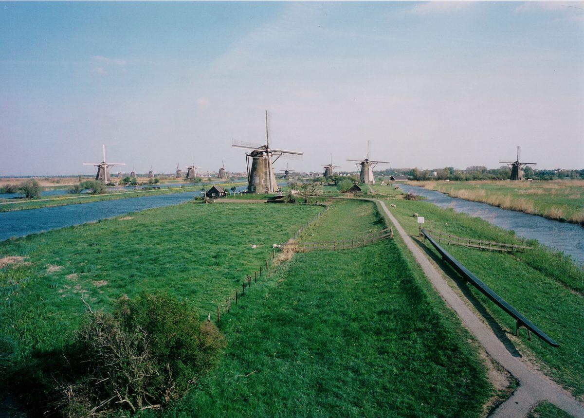 kinderdijk tourist alblasserdam mills windmills Rotterdam